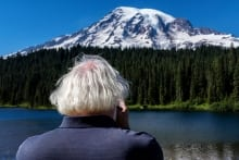 Kevin-Weinstein---Mount-Rainier
