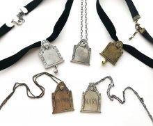 miyudecay_Tombstone-necklacesandpettags
